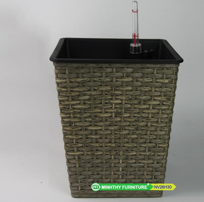 Chậu Trồng Cây Tự Dưỡng Nhựa Đan Vuông