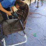Video đan mẫu ghế nhựa giả mây theo mẫu Khách hàng tại xưởng đan mẫu Công ty Minh Thy