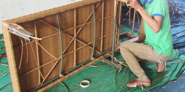 Video đan ghế hồ bơi ngoài trời MT489 tại xưởng đan Công ty Minh Thy