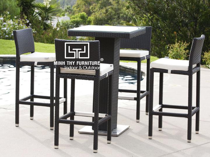 Địa chỉ cung cấp bàn ghế quầy bar nhựa giả mây cao cấp